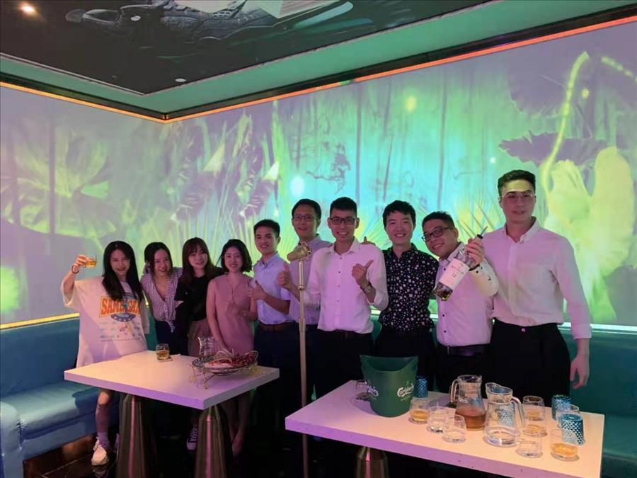 10月份青年团团聚与庆功宴